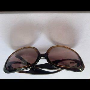 Guess women's sunglasses.